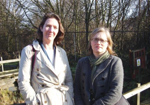 Katie Dawson (l) & Caroline Russell (r). Impressive Islington Green party campaigners. (c) Camden News Journal