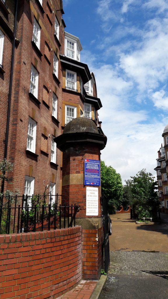 Samuel Lewis Buildings (c) Islington Faces