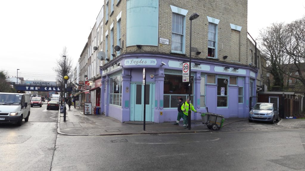 Doyles Tavern on Caledonian Road. (c) Islington Faces